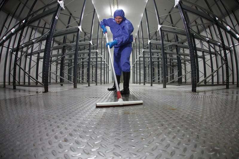 Challenges Keeping Safe While Cleaning In An Industrial Facility 1