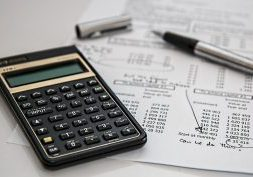 insurance calculator-385506_1920